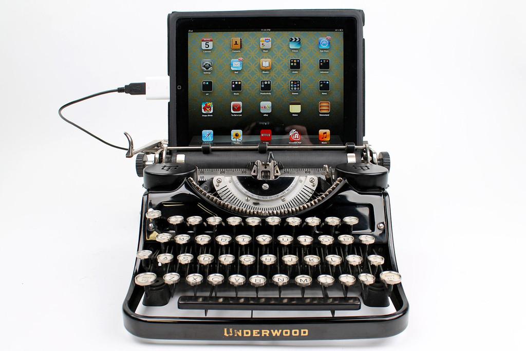 typewriter US keyboard