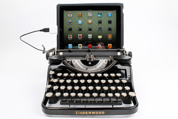 typewriter US keyboard